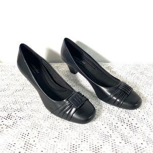 Predictions Comfort Plus Women's Shoes